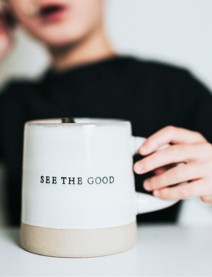Can Positivity Be Toxic? 5 Toxic Positivity Examples to Watch Out For